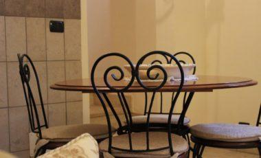 04 tavolo in ferro battuto suite ginestra